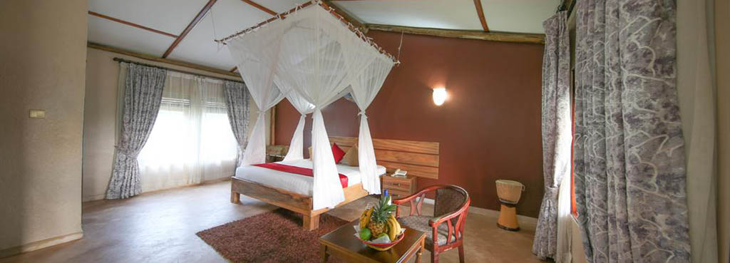 Pakuba Safari lodge double room