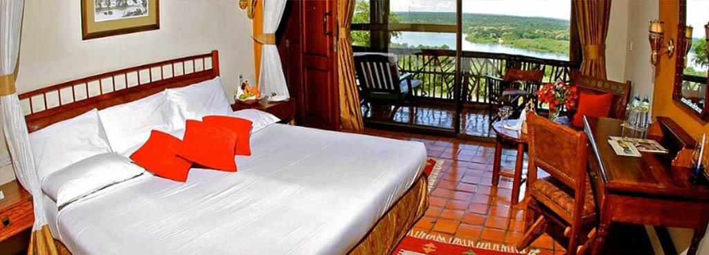 Paraa Safari lodge double room